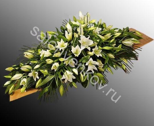 Траурная композиция из живых цветов N59