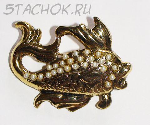 """Брошь """"Золотая рыбка"""" под золото, камушки"""