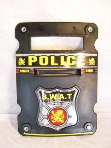 Щит полицейский пластик.