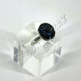 Кольцо круглое с синим кристаллом КО-099