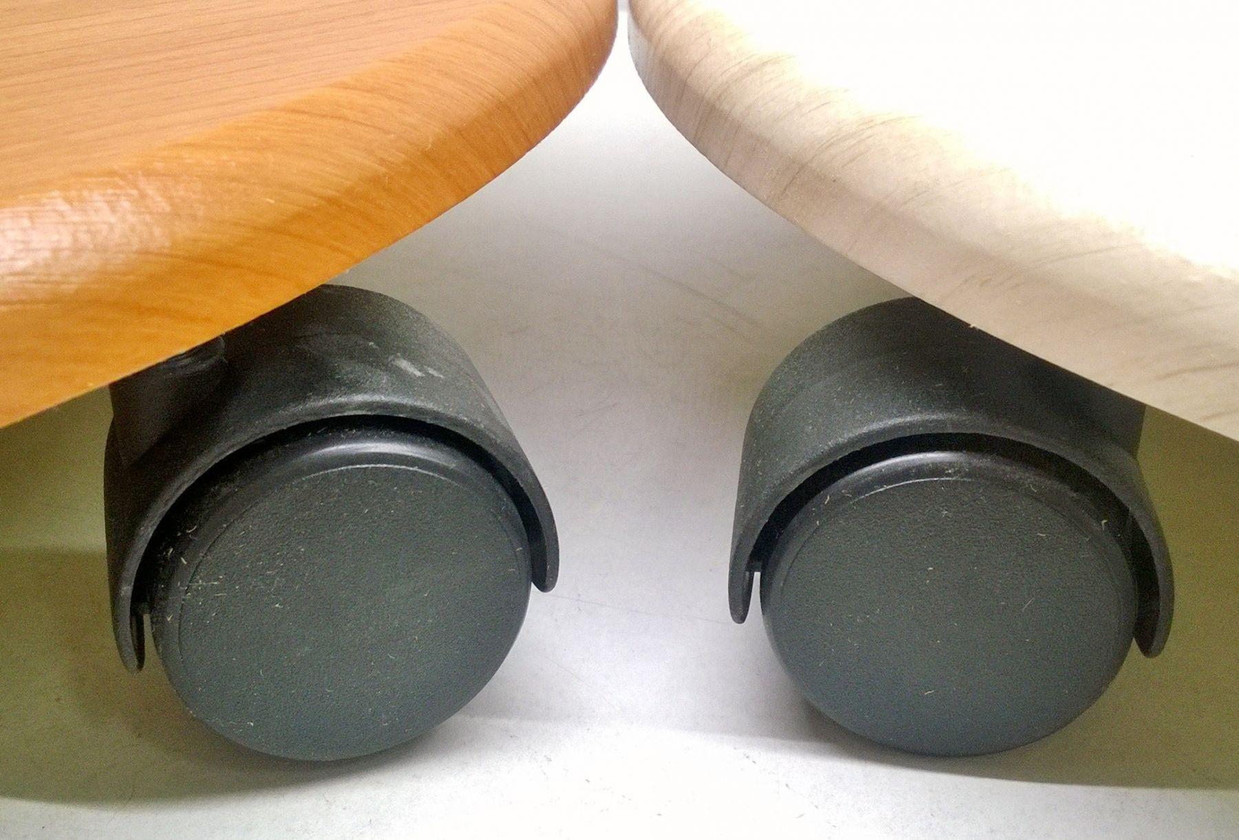 Подставка круглая на колесиках МДФ 40