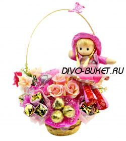 """Букет из конфет с куклой №279 """"Современная золушка"""""""