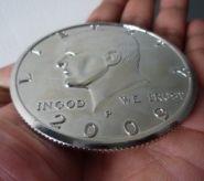 """Jumbo 3"""" Half Dollar (золото или серебро)"""