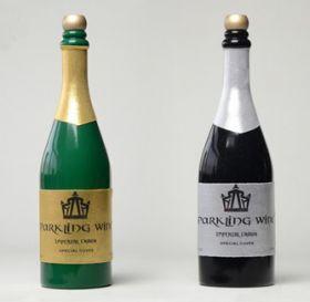Исчезновение бутылки шампанского (чёрная)