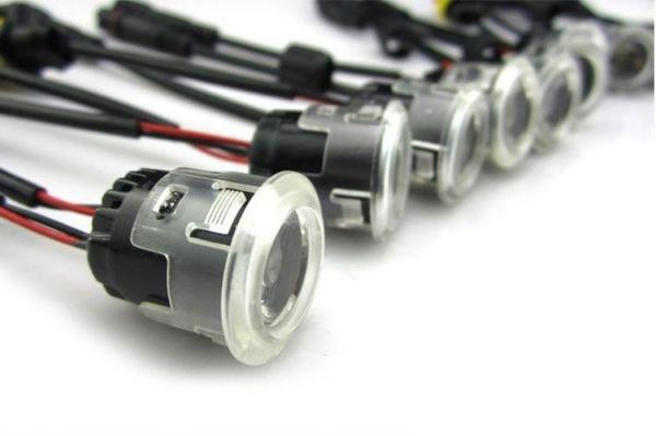 Универсальные дневные ходовые огни II поколения (12 ламп)