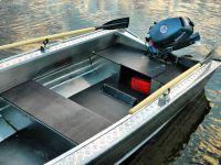 Wyatboat-390 У