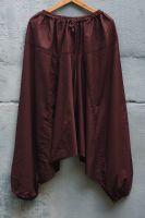 Коричневые мужские индийские штаны алладины с низкой мотнёй. Купить в интернет магазине. Бесплатная доставка почтой в любой город от определенной суммы заказа