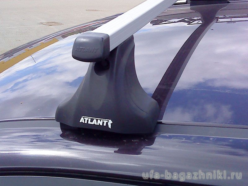 Багажник на крышу Renault Logan, Атлант, прямоугольные дуги, опора Е