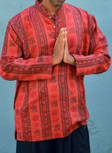 Красная мужская рубашка, символ Ом (СПб)