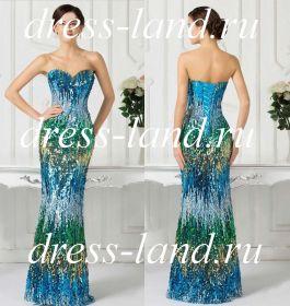 Голубое вечернее платье, расшитое паетками