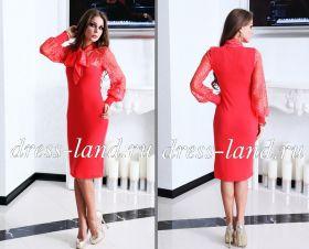 Красное трикотажное платье с бантом