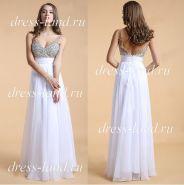 Белое вечернее платье со стразами