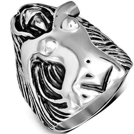 Перстень с обнаженной девушкой