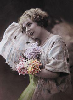 Почтовая открытка Первая любовь