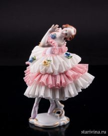 Танцовщица в розовом платье, кружевная, Volkstedt, Германия, вт. пол. 20 в