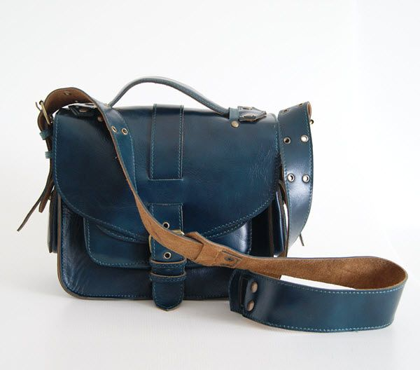 BUFALO U02 BLUE синяя кожаная наплечная сумка