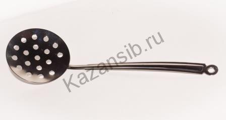 Шумовка с металической ручкой