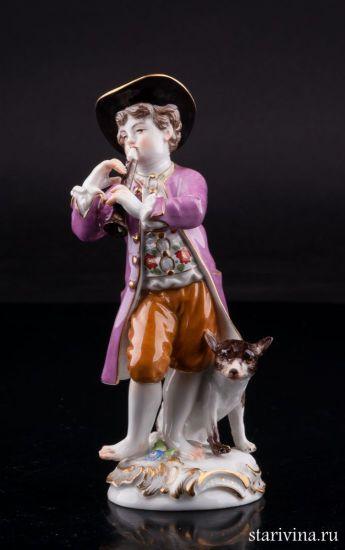Фарфоровая статуэтка Мальчик с собакой производства Meissen, Германия, 1960 г.