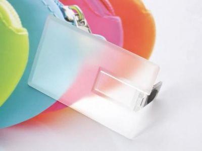 8GB USB-флэш накопитель Apexto U504EPM кредитная карточка прозрачная матовая