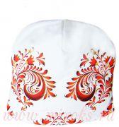 шапка белая с красным узором