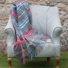 Шотландский шерстяной плед, 100 % стопроцентная шерсть ягнёнка, расцветка шотландской деревушки Инш Insch Check , плотность 8