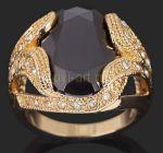 Позолоченный мужской перстень с ониксом и искусственными бриллиантами