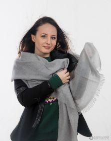 невесомый тонкорунный  палантин (большой шарф) 100% шерсть мериноса, Серебряный Silver. плотность 1