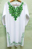 Женская белая индийская курта с вышивкой (зеленой)