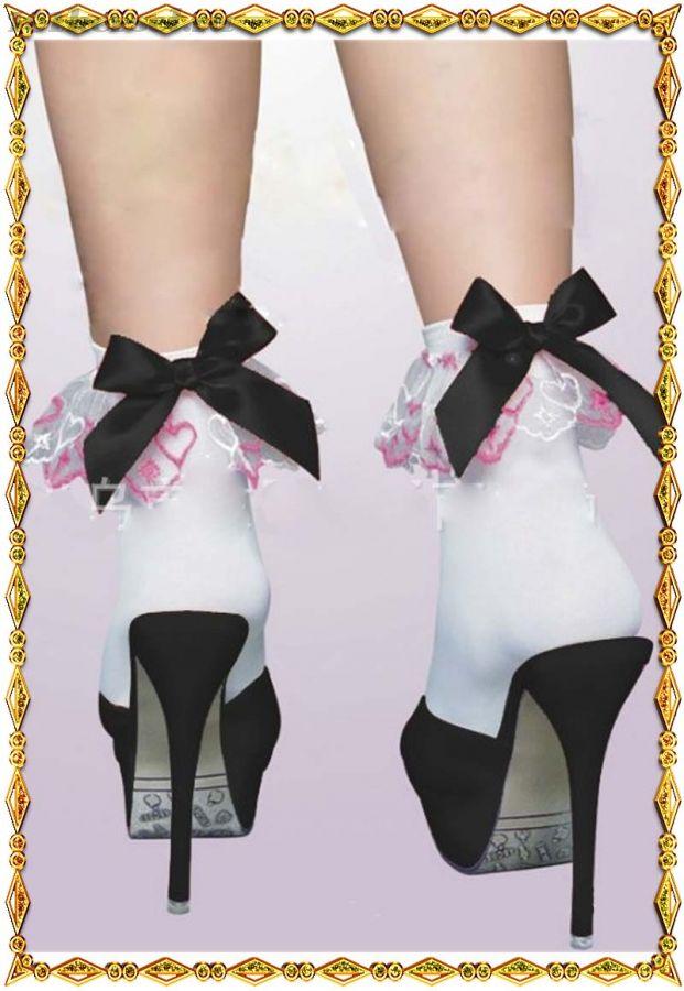 Носочки с розовыми кружевами и черным бантиком Beileisi