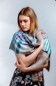 шотландский теплый плотный большой шарф  100% шерсть мериноса Инвернесс (беж) Inverness Flannel Check Beige. плотность 5