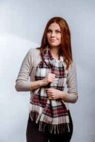 клетчатый кашемировый тёплый шарф (100% драгоценный кашемир) , расцветка Королевский клан Стюартов (вариант Гессе) Hessian Stewart tartan, плотность 7