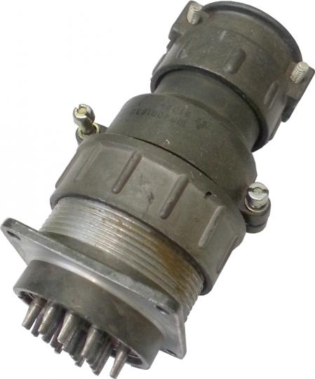 Разъем кабеля в комплекте с отв.частью к подкатным подъемникам (ПП) Псков