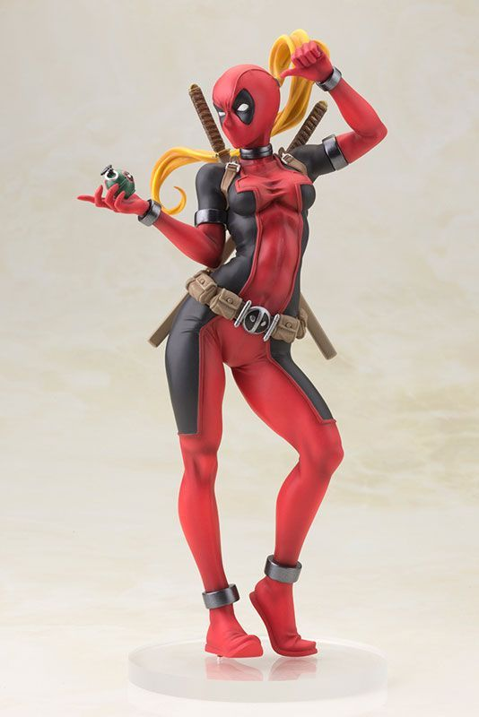 Фигурка MARVEL UNIVERSE: Lady Deadpool