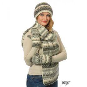 Комплект шапка, шарф, варежки вязаный из Исландской шерсти 08114-27