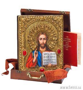 """Икона Иисуса Христа """"Господь Вседержитель"""" 25 х 32 см, роспись по дереву, сусальное золото, самоцветы"""