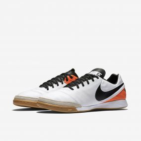 Игровая обувь для зала NIKE TIEMPO MYSTIC V IC 819222-108