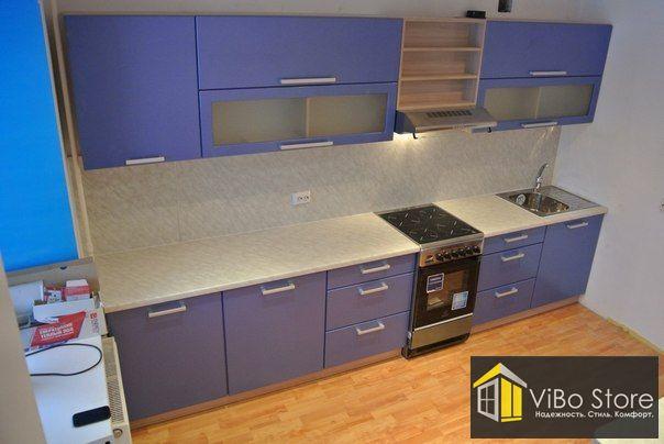 Кухня в сине-бежевых тонах