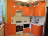 Модульная угловая яркая кухня на 6 кв.м