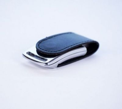 4GB USB-флэш накопитель Apexto U503I гладкая черная кожа OEM