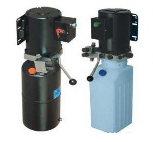 Гидростанция для 2-х стоечного подъёмника  Напряжение 380В/220В Мощность 2,2 кВт Давление в гидравлической системе 250 бар (25МПа) Емкость бака - 12 литров