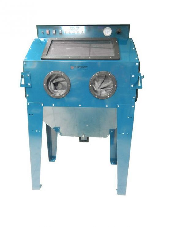 Пескоструйная камера с электродвигателем для очистки воздуха 220B(объем-350л, 510л/мин, 3.4-6.1атм)