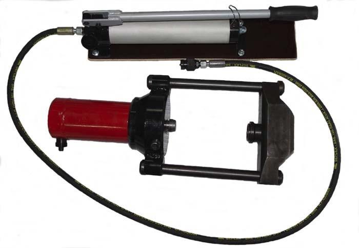 Съёмник гидравлический для съёма шкворней грузовых автомобилей Газ,ПАЗ, КАМАЗ, МАЗ, Газель. Усилие до 75т.