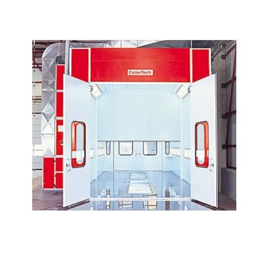 Сушильно-окрасочная камера для коммерческого транспорта  Внутренние размеры (ДШВ): 15 x 5 x 5 м.  Производительность: 2 х 24000=48000 м3/ч.  Горелка: 2 х Riello, мощность 307 кВт.  Одна линия решеток, четырехстворчатая въездная дверь, 2 х боковая сервисна