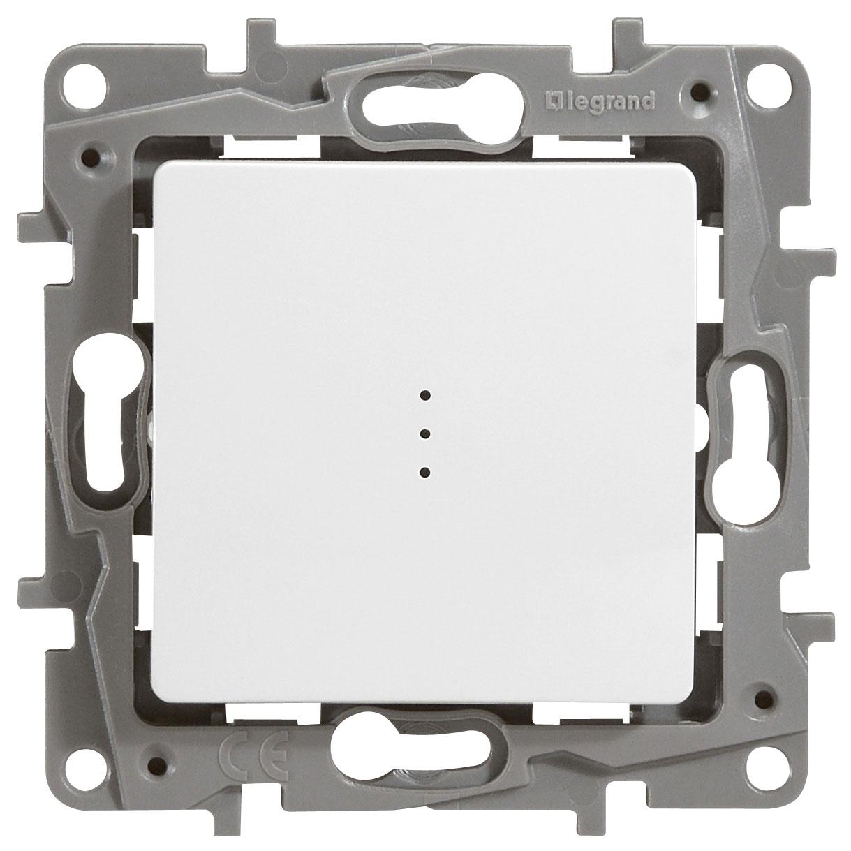 Переключатель Etika P 1-кл с индикацией 672215 белый