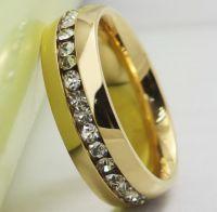 Женское кольцо с природными цирконами
