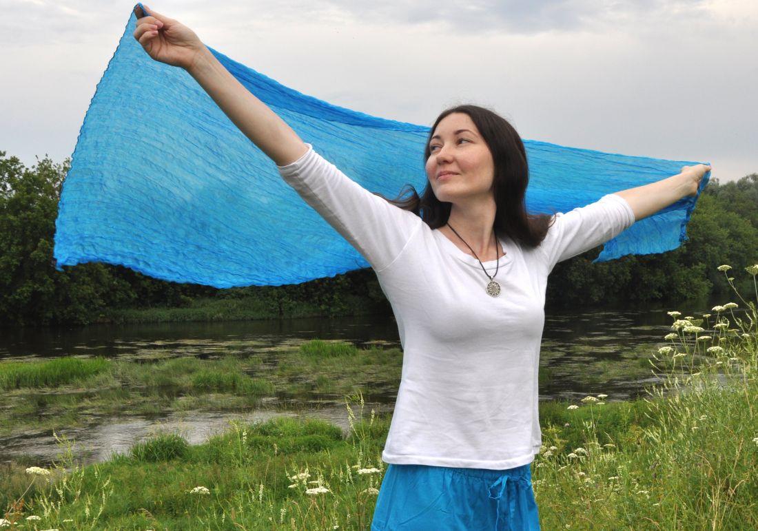 Голубой шёлковый шарф (отправка из Индии)