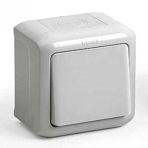 Выключатель одноклавишный IP44, 10A Legrand Quteo (Серый)