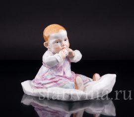 Малыш на подушке, Meissen, Германия, вт. пол. 20 в., артикул 02601