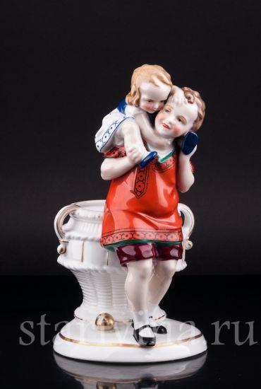 Изображение Дети с корзиной, Hertwig & Co, Katzhutte, Германия, 1920-30 гг