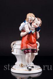Дети с корзиной, Hertwig & Co, Katzhutte, Германия, 1920-30 гг., артикул 02609